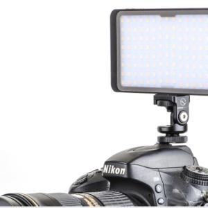 Светодиодный фонарь со встроенным побербанком.